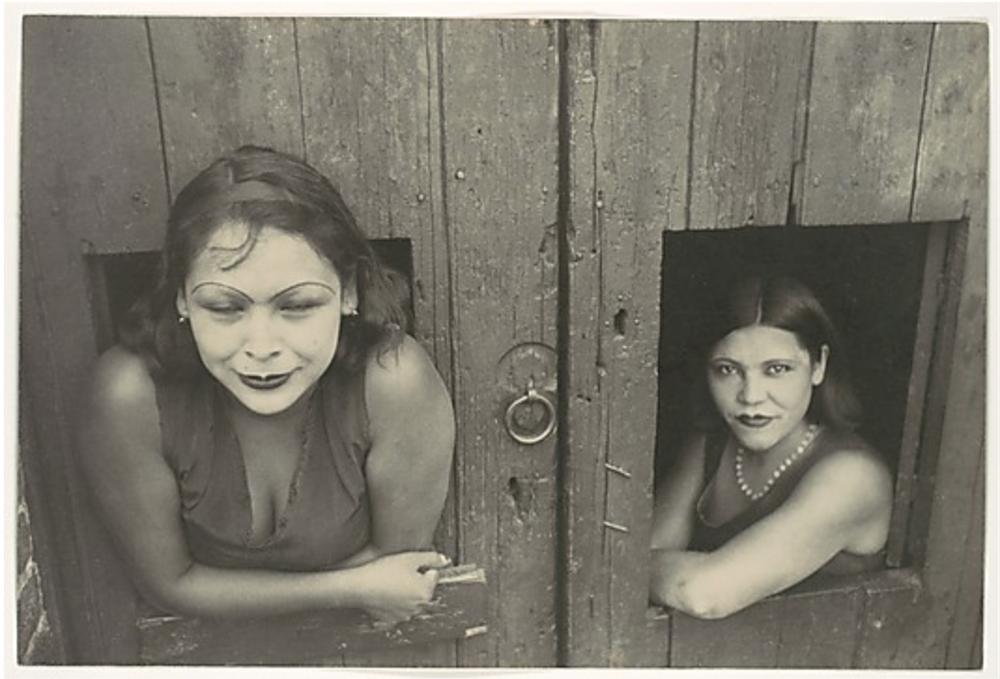 Cuauhtemoctzin, Mexico City / Henri Cartier-Bresson / 1934 (credit: Metropolitan Museum of Art)