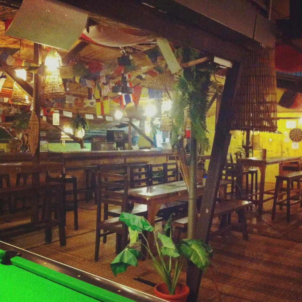 Rooftop bar at Siggahsana Lodge