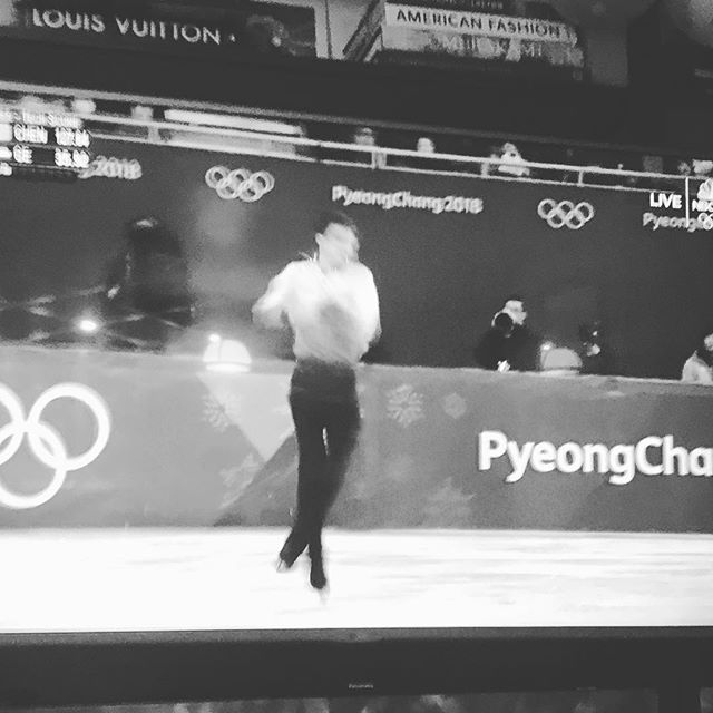 I just thought of something. These figure skaters only spin one way, so old school & formal. Where's the switch stance or frontside vs backside spins? Imagine combos spinning one way then the other. Skating should just be like a tumbling run anyways, get rid of all that artistic shit #figureskating