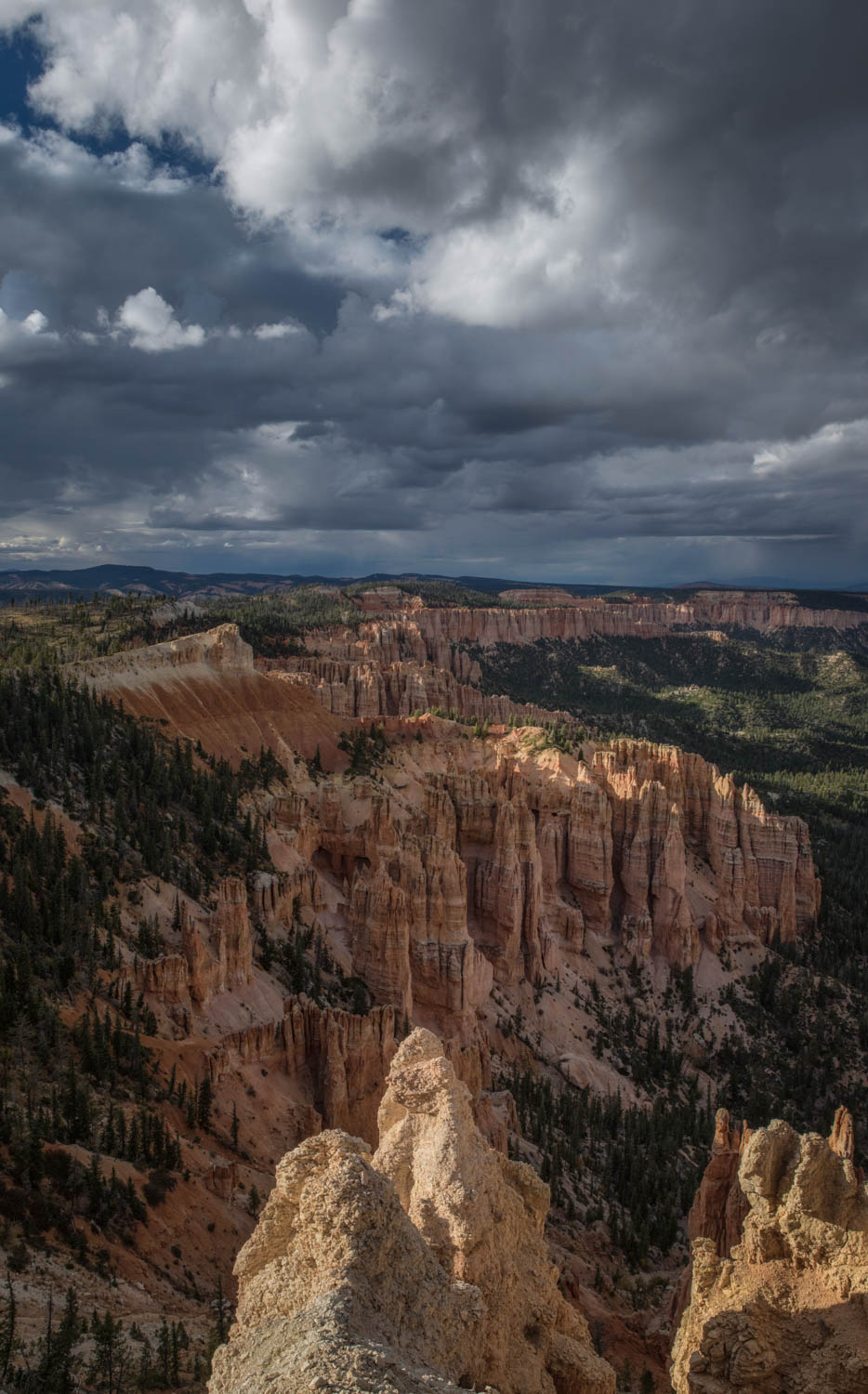 Storm clouds at Bryce Canyon.jpg