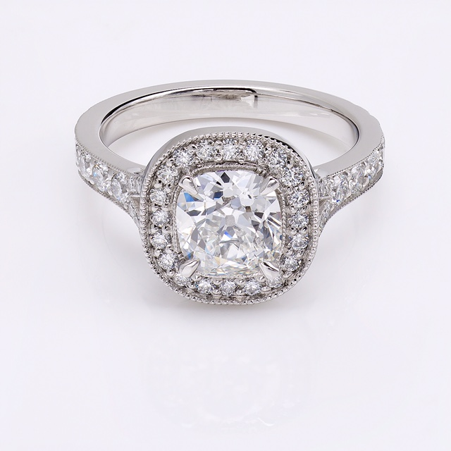 Cushion_Cut_diamond
