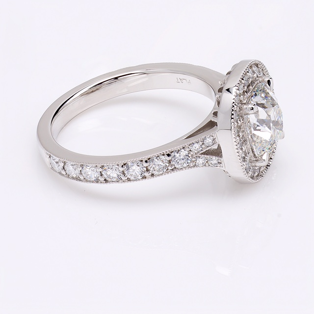 Antique_Cushion_Cut