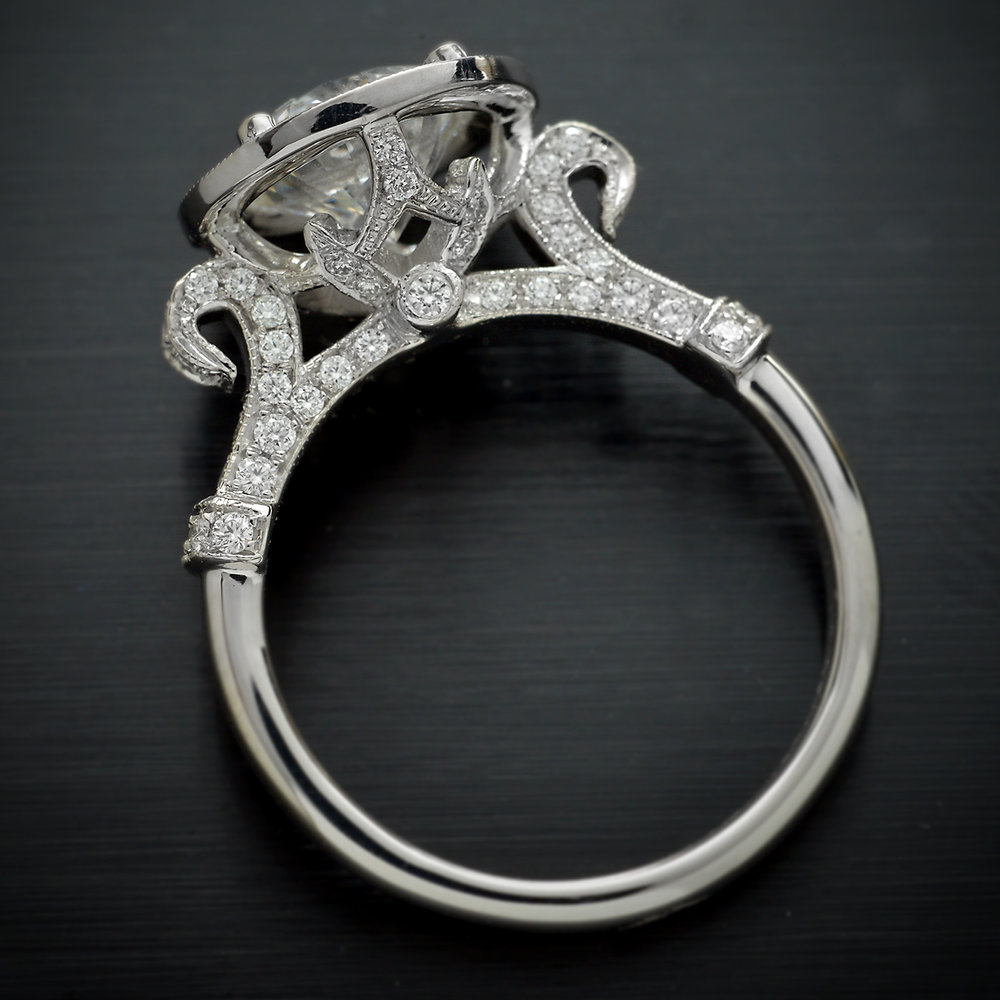 Engagement_ring_Halo_Pave_round_diamond