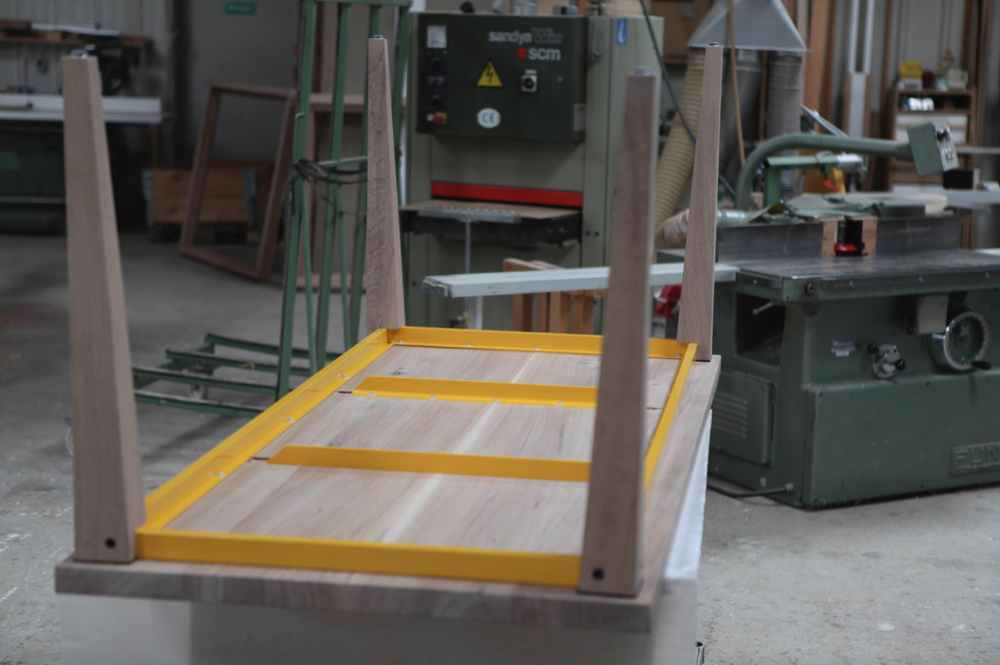 Die Gratleisten sind farblich abgestimmt / the steel slats are color matched                                      .