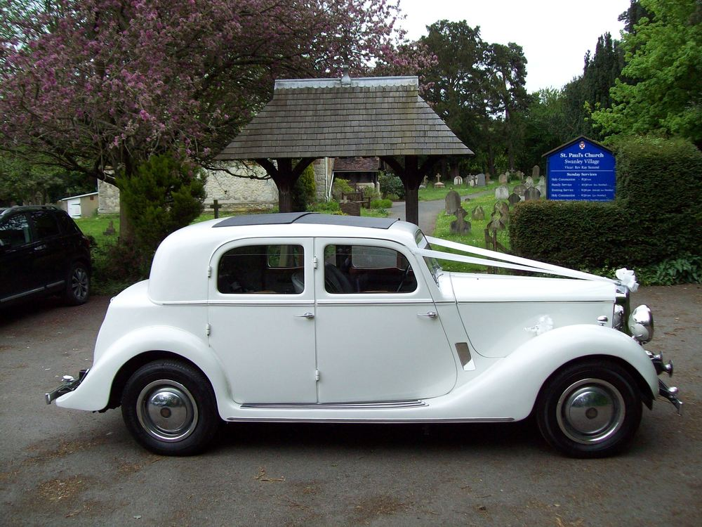White Vintage R75 Sports Saloon