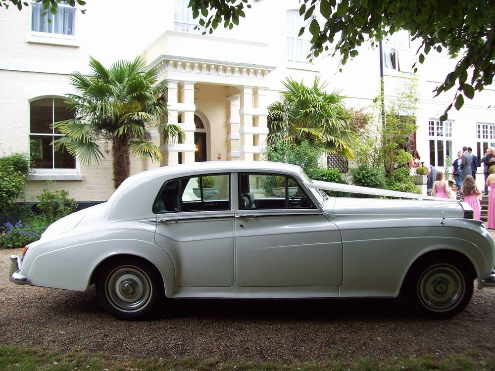 Rolls Royce Silver Cloud wedding cars Maidstone at  Russell Hotel