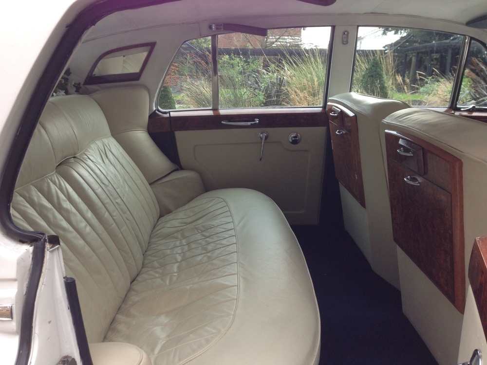 White Rolls Royce Silver Cloud Interior