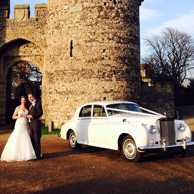 Rolls Royce Silver Cloud is a popular choice as is Cooling Castle Barn in Kent. #kentweddingcars #kentishwedding #kentwedding #kentbride #weddingideas #weddingday #weddingblog #weddingday #weddingcarskent