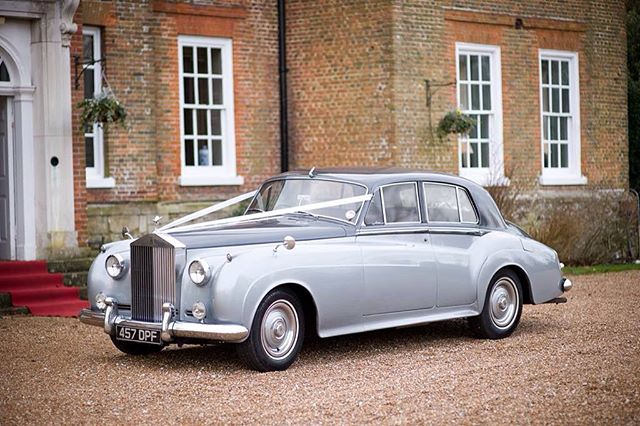 Rolls Royce Silver Cloud the popular choice for 2016 weddings. #kentishwedding #kentbride #winterwedding #kentwedding #weddingideas #weddingblog #kentweddingcars #weddingcarskent