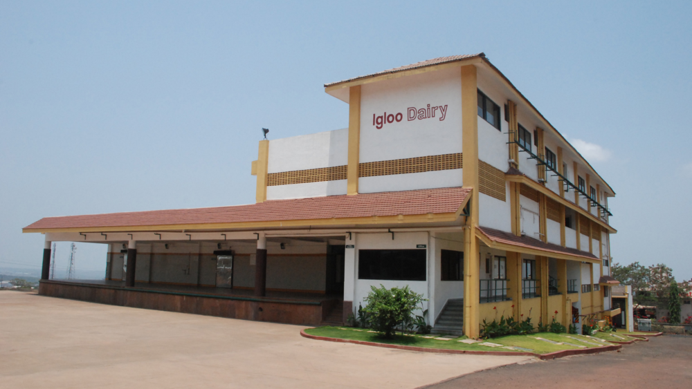 Igloo Dairy : Goa. Each new dairy gives us an opportunity to learn from our own and our clients' experiences. Perched on a hill this dairy makes clever use of the natural contours of the land with multiple floors walking out onto the ground.