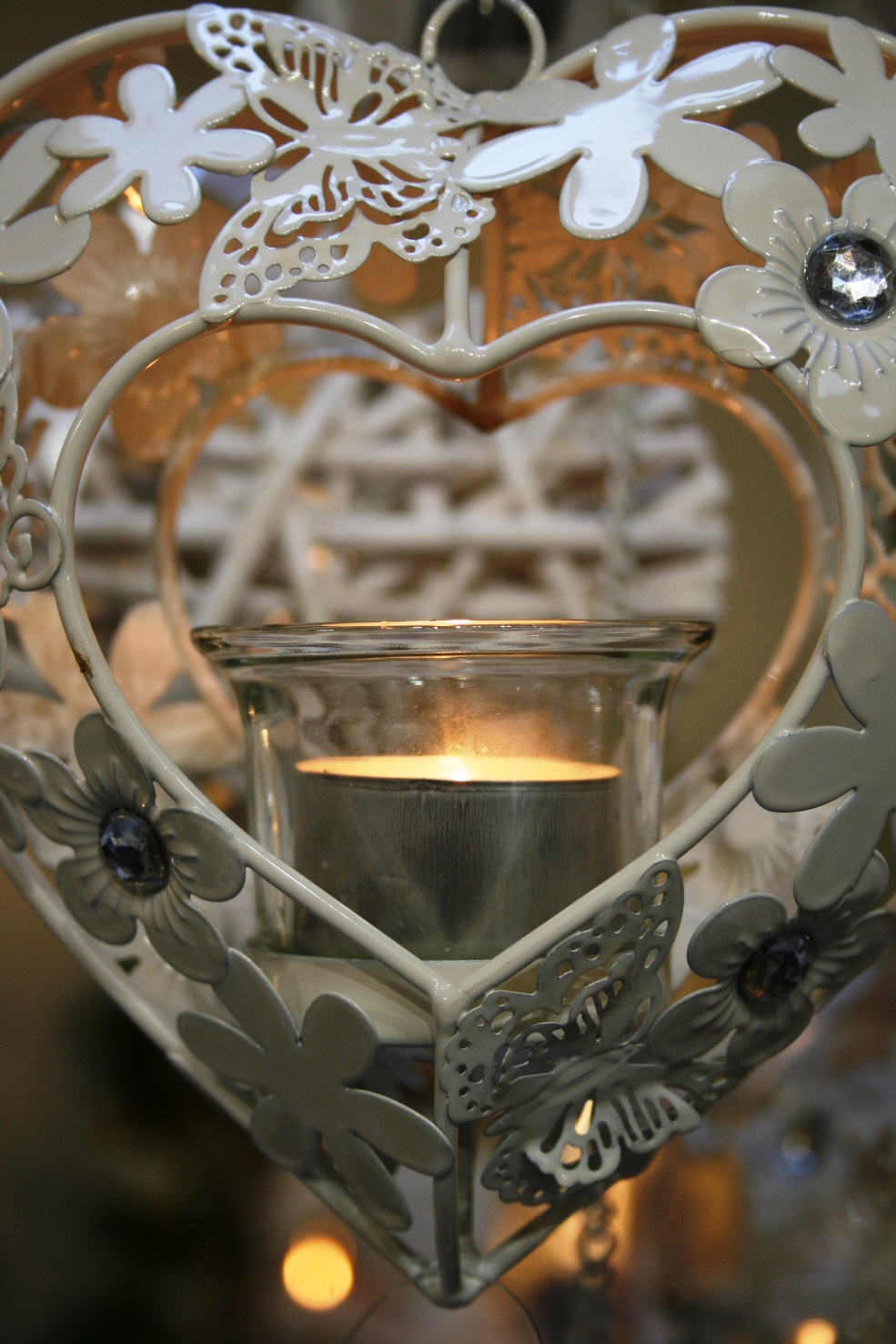Heart Shaped Hanging Tea Light Holder  € 11     At Strawbridge  Product Code: CB-896293