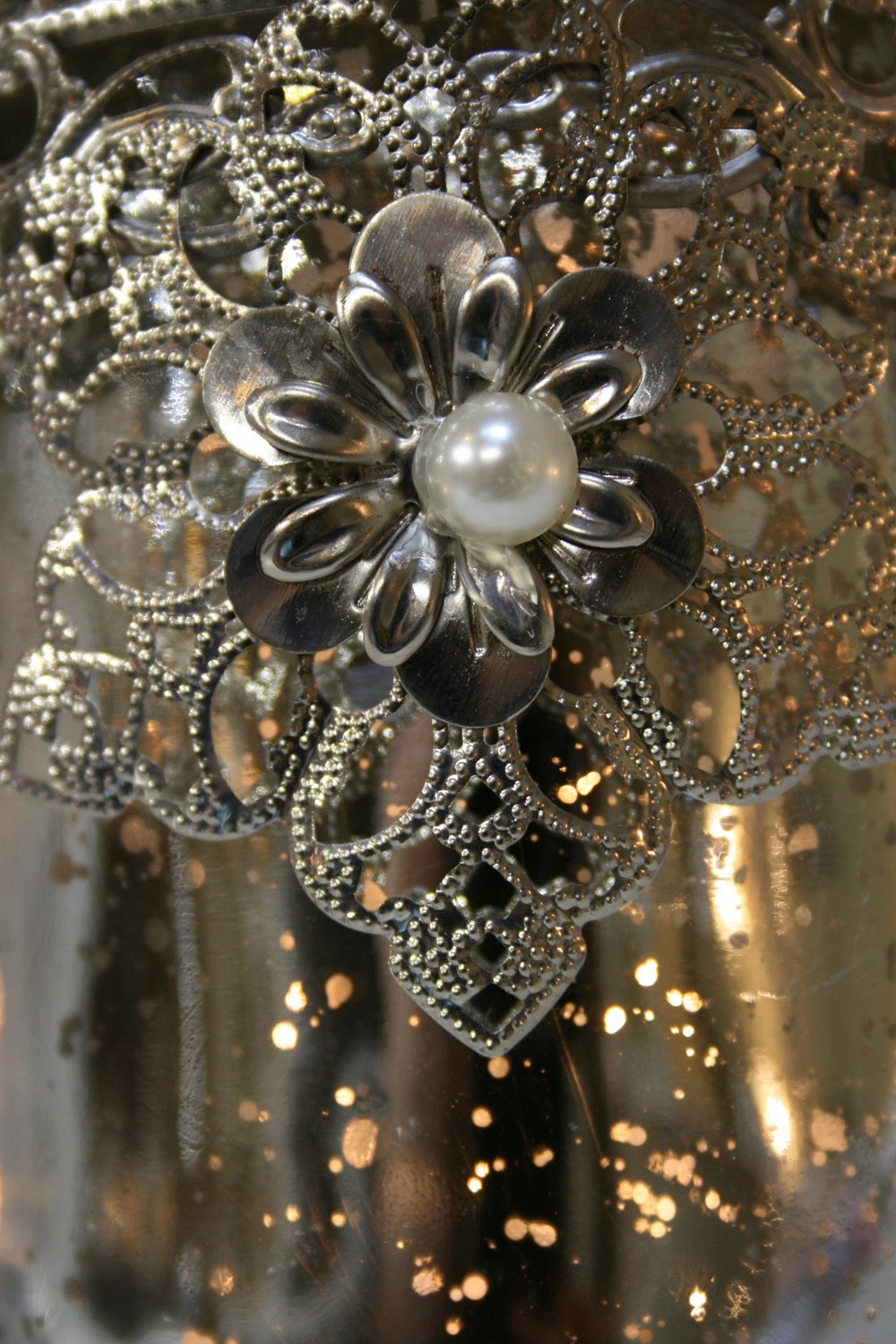 Embellished Tea Light Holder  € 6.25     At Strawbridge  Product Code: CLE-6GL0646