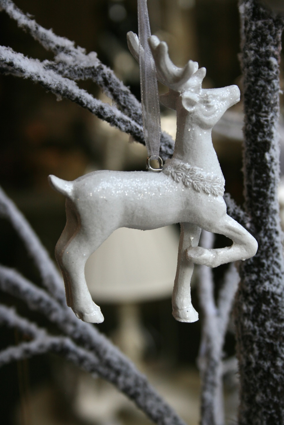 Strawbridge White Reindeer Decoration  € 3.50