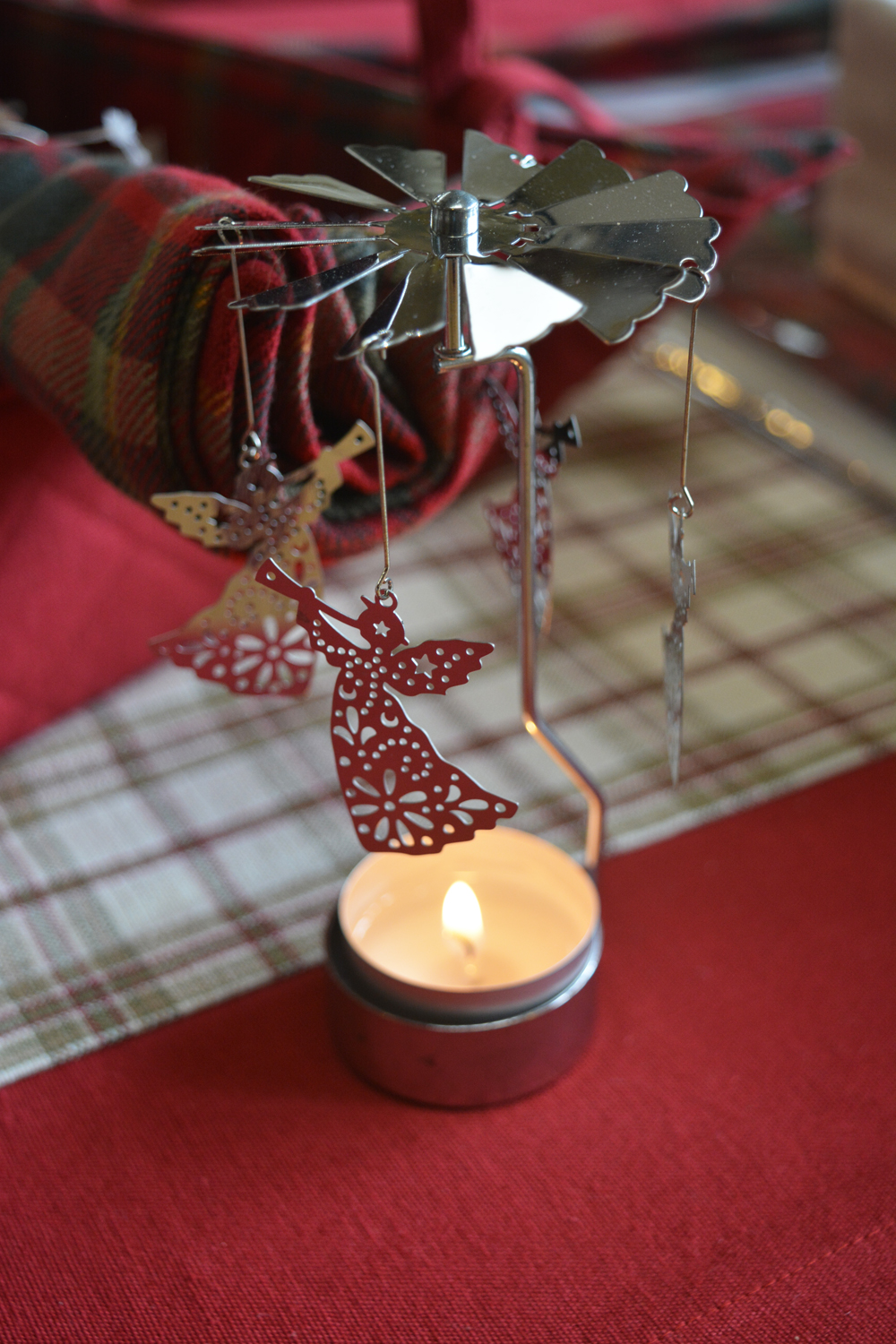 Heat Activated Spinning Angel Candle Holder €9.00