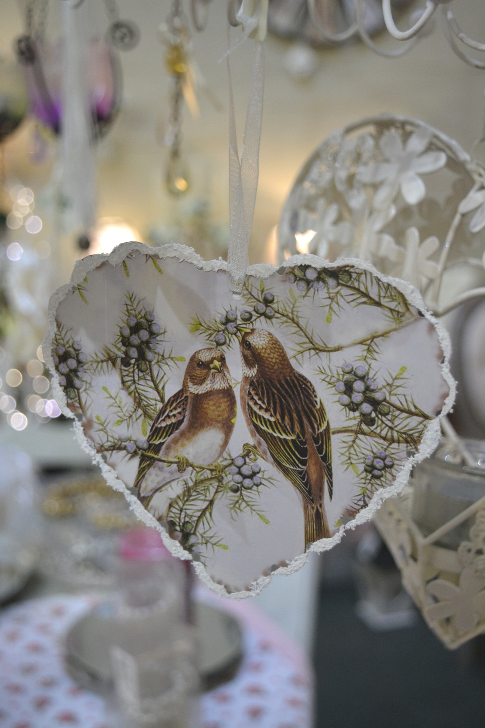 Winter Birds in Snow Heart Decoration €3.50