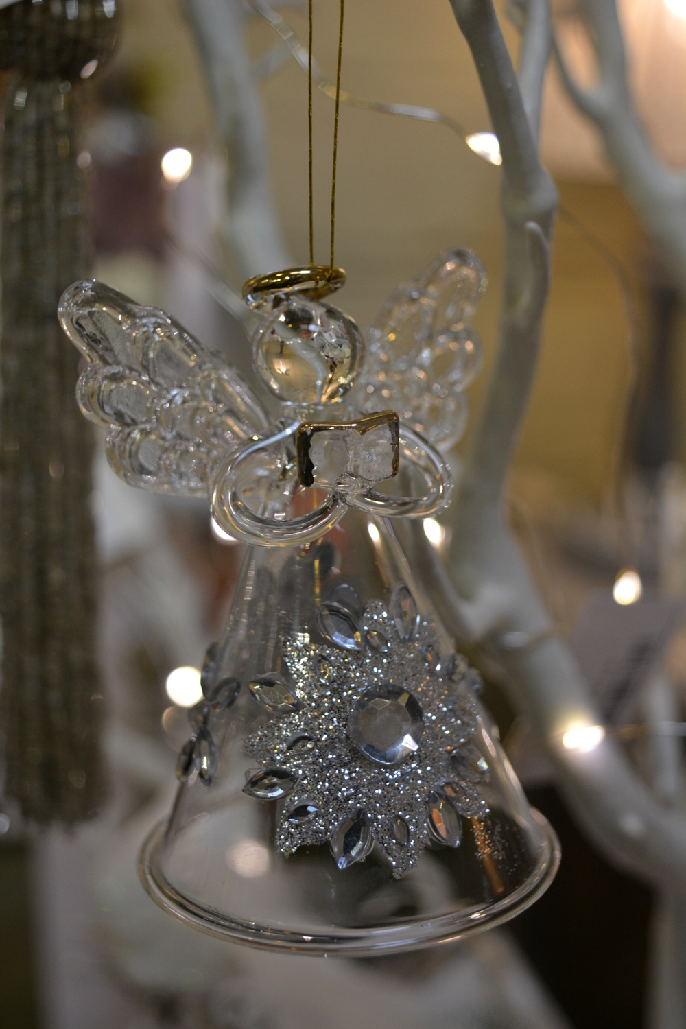 Glass Angel with Diamonté €4.40