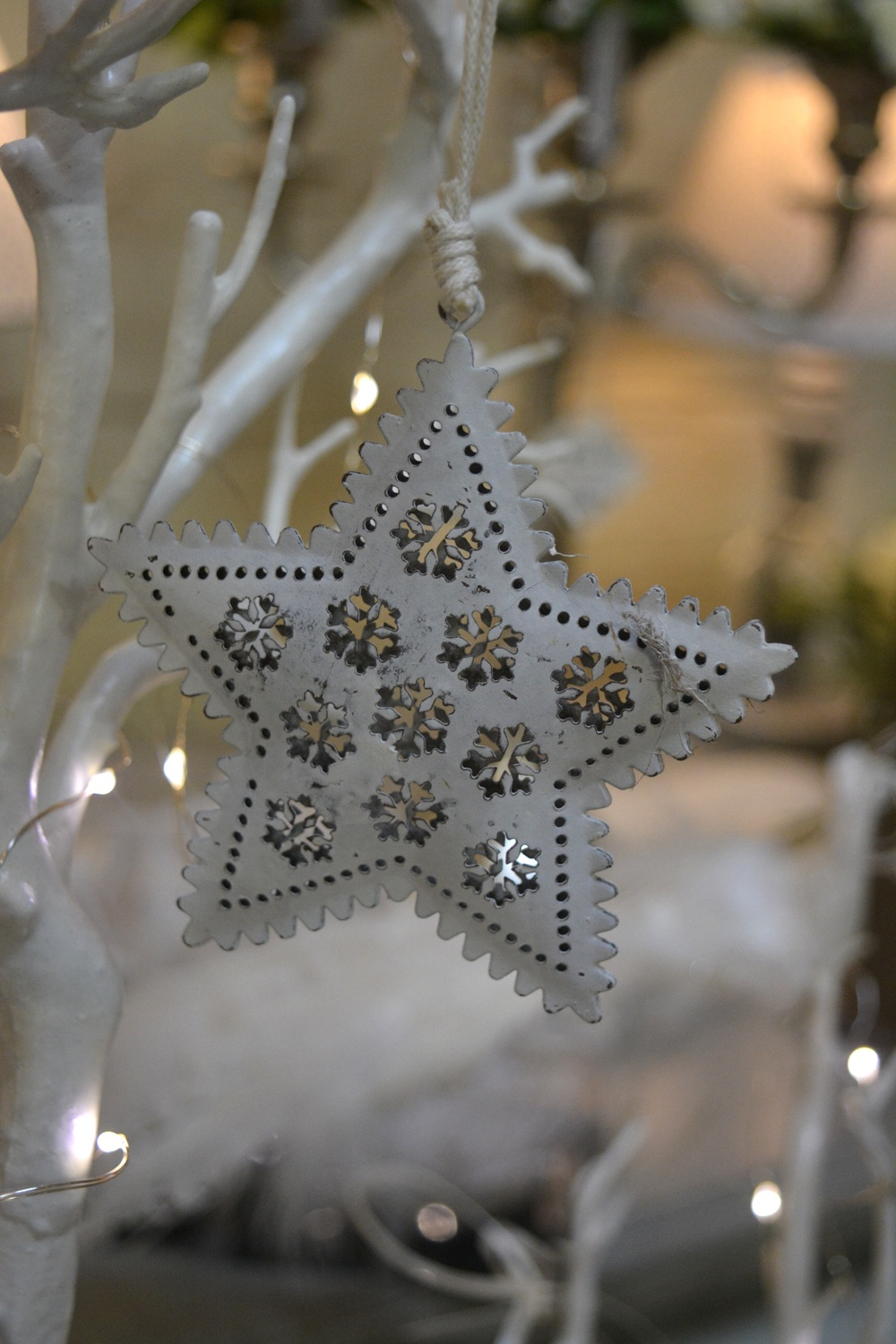 White Metal Star €3.50