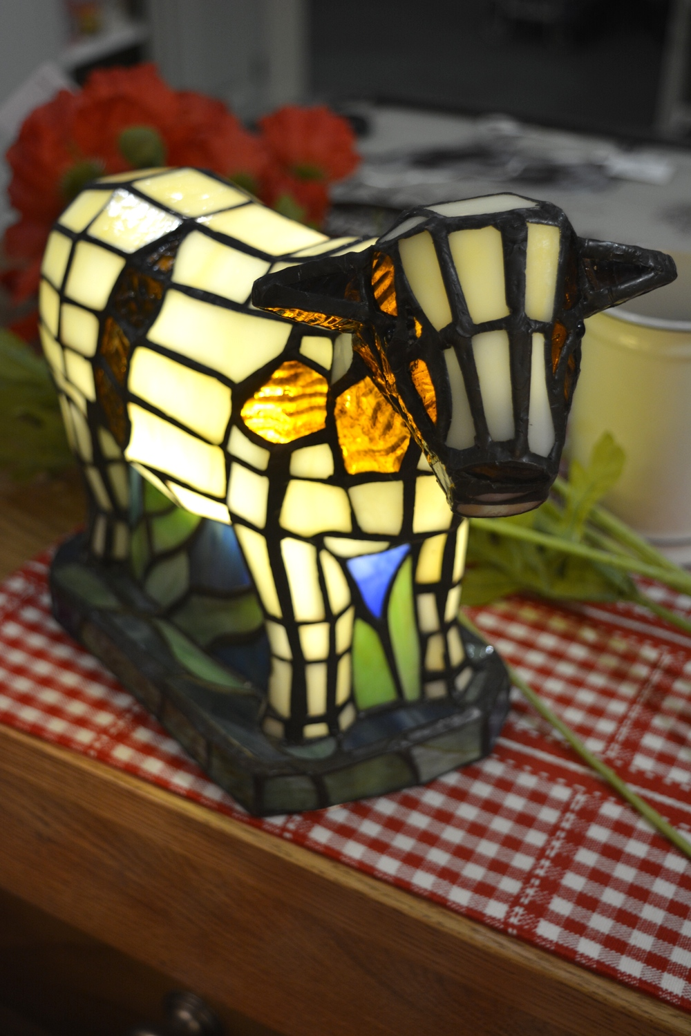 Cow Tiffany Lamp € 126