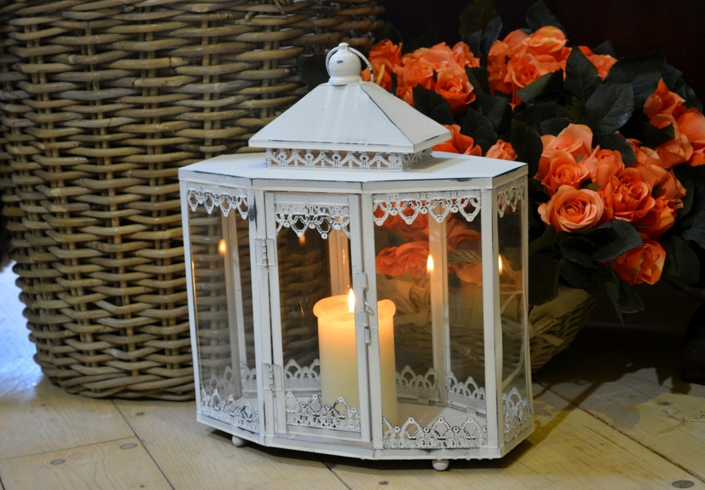 Antique White Lantern €44.00