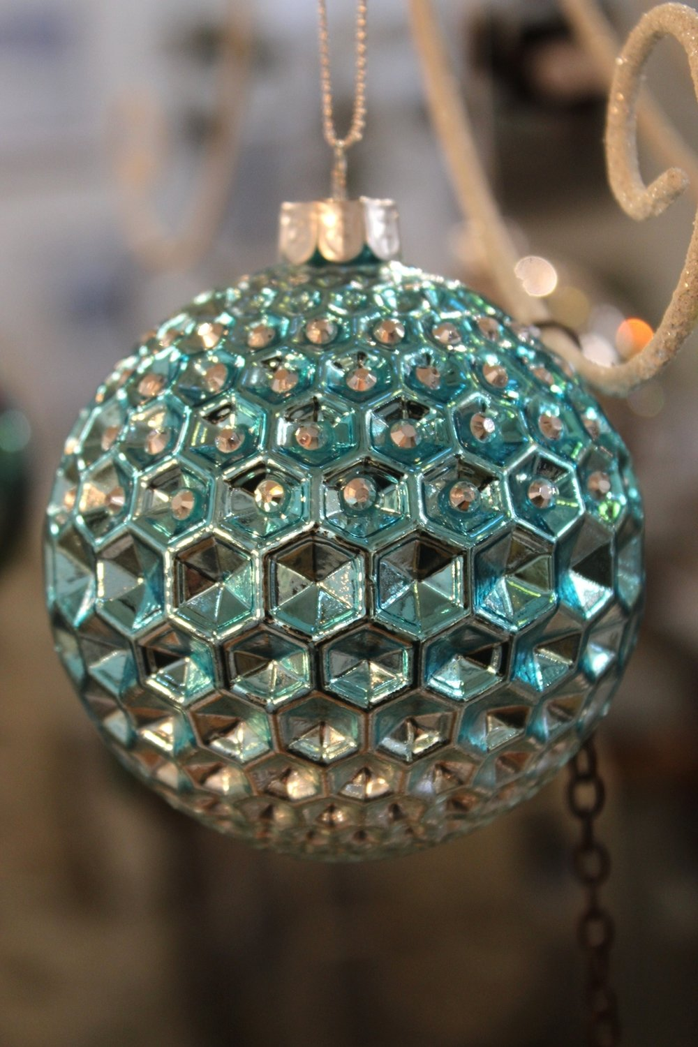 Geometric Sparkle Bauble - €6.30
