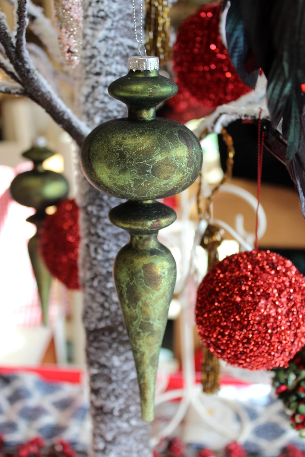 Ornament in Antique Green - €9.50