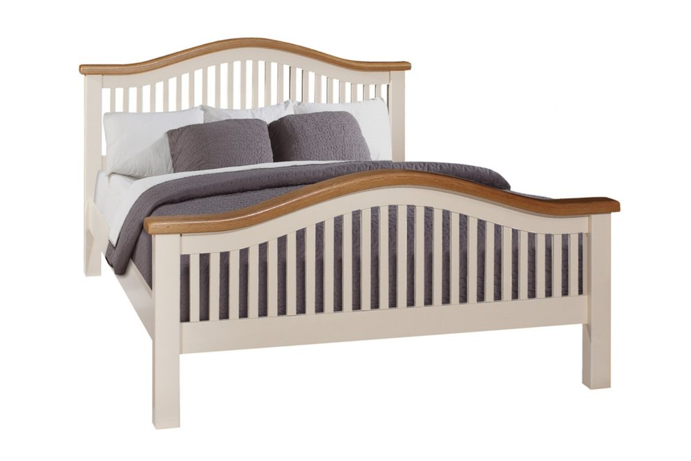 JT021  5' Bed    €675 Available in Ivory Only