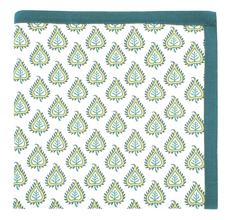 LES INDIENNES  Les Indiennes Tablecloth  100 x 100cm €23.00 WAL-LI40      130 x 180cm €39.90 WAL-LI70    130 x 230cm €46.00 WAL-LI90