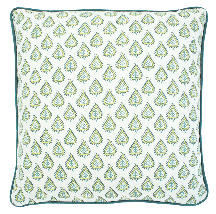 LES INDIENNES   Cushion (Feather Filled)        €21.00 WAL-LICC-F