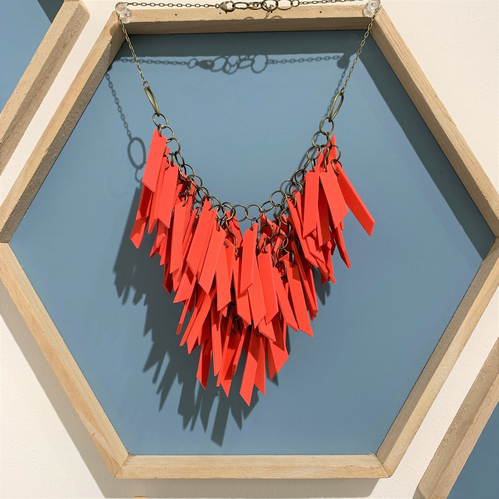 HAND MADE RED EXPANDED RUBBER NECKLACE: €48