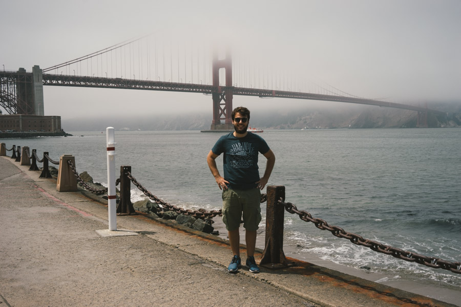 Looking cute with the Golden Gate Bridge | www.MadeinMoments.com