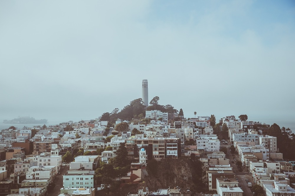 Coit Tower in San Francisco - Why everybody loves SF in quotes & other travel stories by MadeinMoments.com