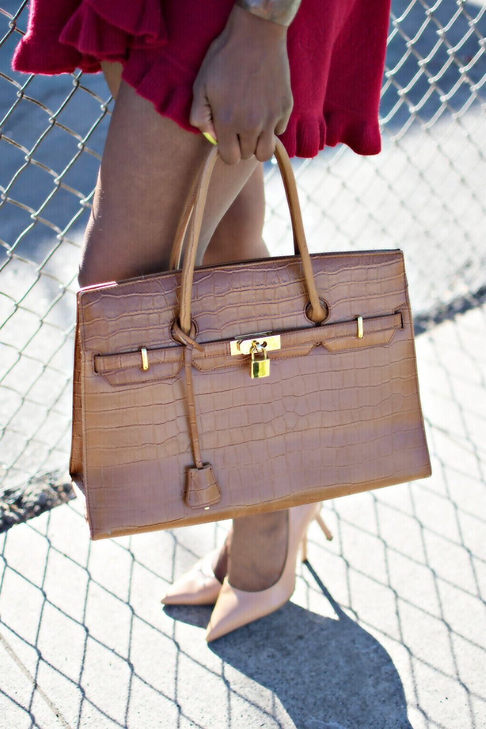 nude-bag-and-heels.jpg
