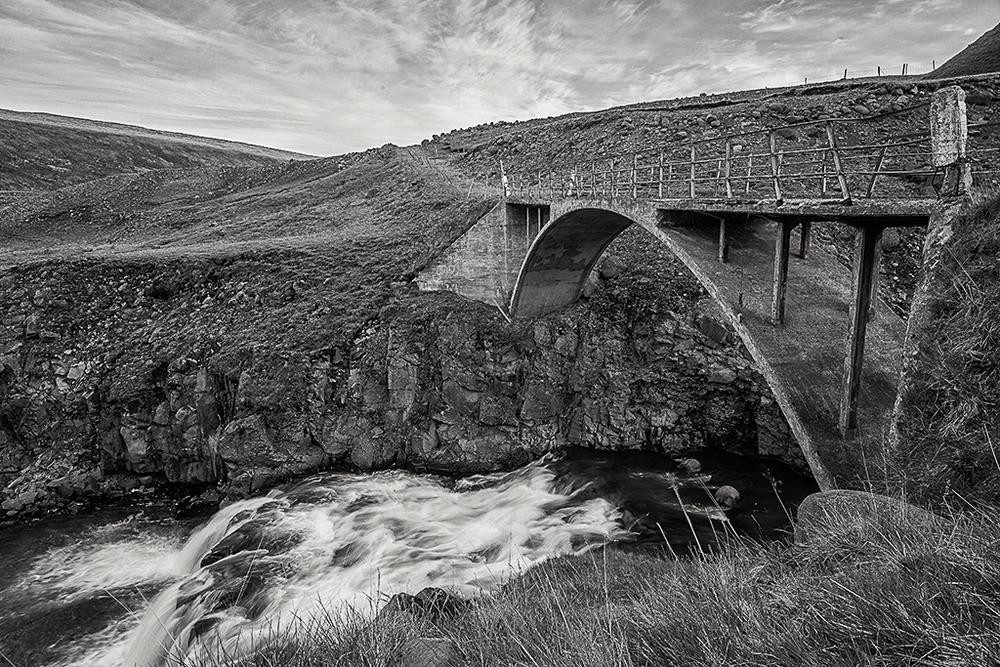 bridge-and-stream-rural-iceland.jpg