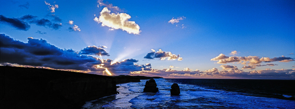 morning-glory-twelve-apostles-great-ocean-road-victoria-australia.jpg