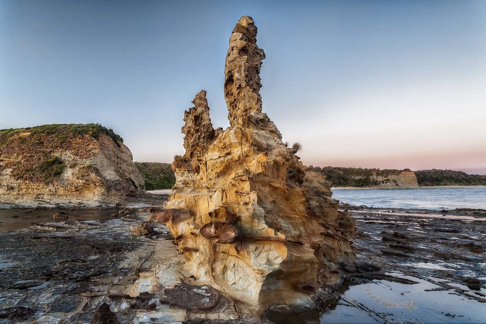 Eagles Nest, Inverloch, Australia. Canon 5D Mark II camera and Canon 24-105mm f4 L series lens @ 24mm. ISO 100 1.3 seconds @ f11.