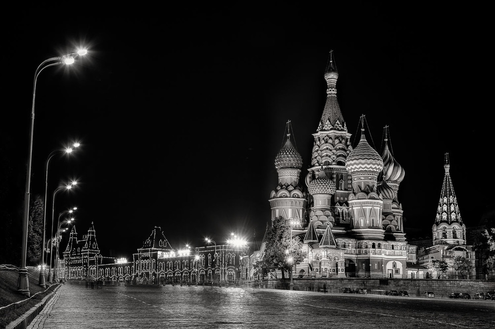 The quiet of night at St. Basil's Cathedral in Red Square, Moscow, Russia. Canon 5D Mark II camera and Canon 24-105mm f4 L series lens @ 65mm. Exposure; 0.3 to 10 secs, f8 ISO 100.