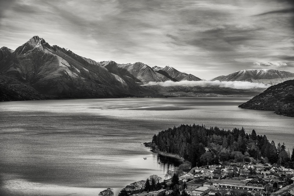 Outlook, Lake Wakatipu, Queenstown, New Zealand