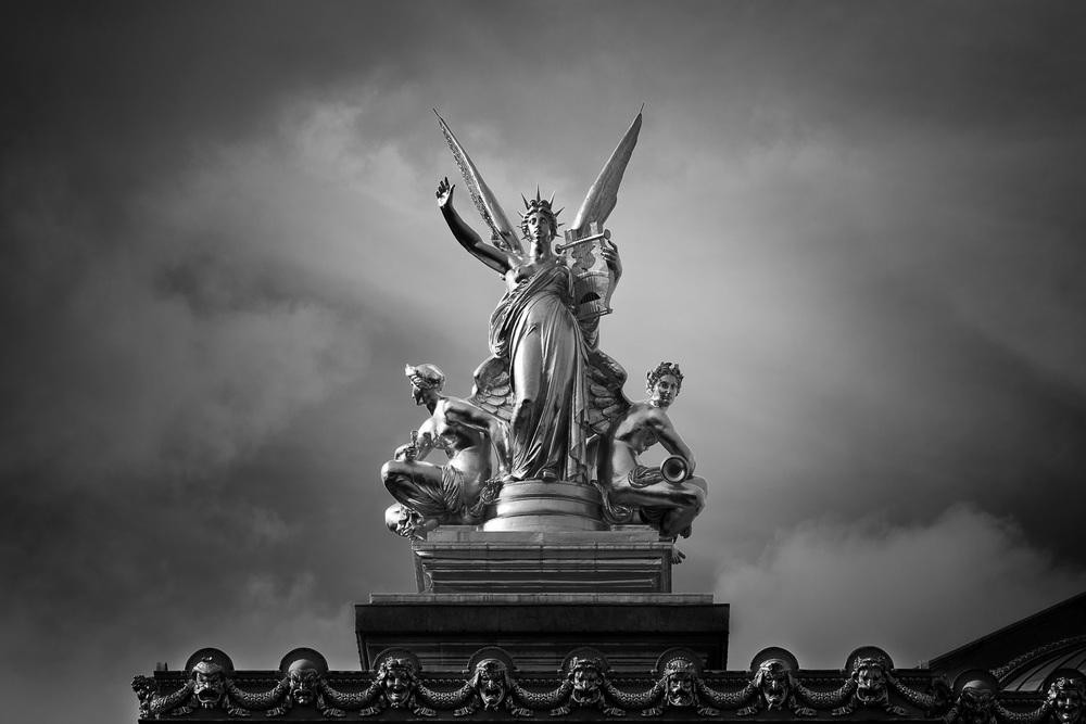 Statue, Opera de Paris, France