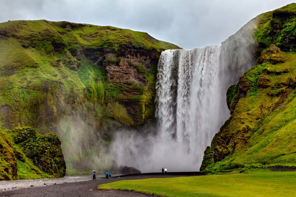 The gigantic  Skogafoss   waterfall in Iceland .