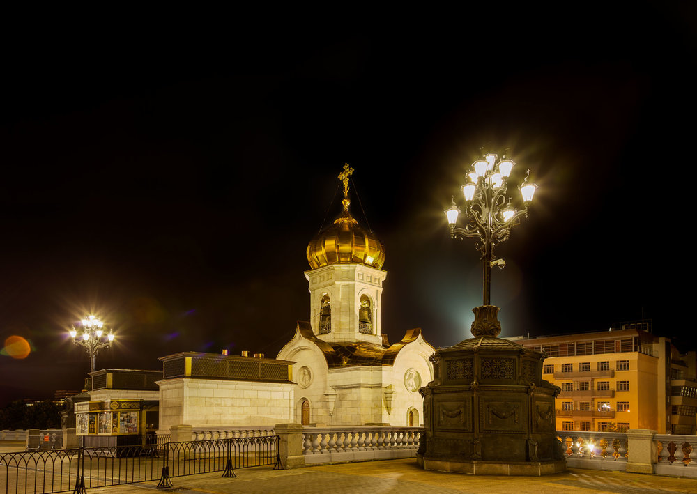 Lights in the grounds of the spectacular    Cathedral of Christ the Saviour    in    Moscow, Russia   .