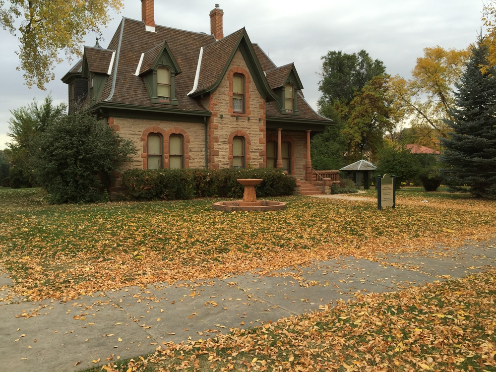 1879 Avery House in autumn