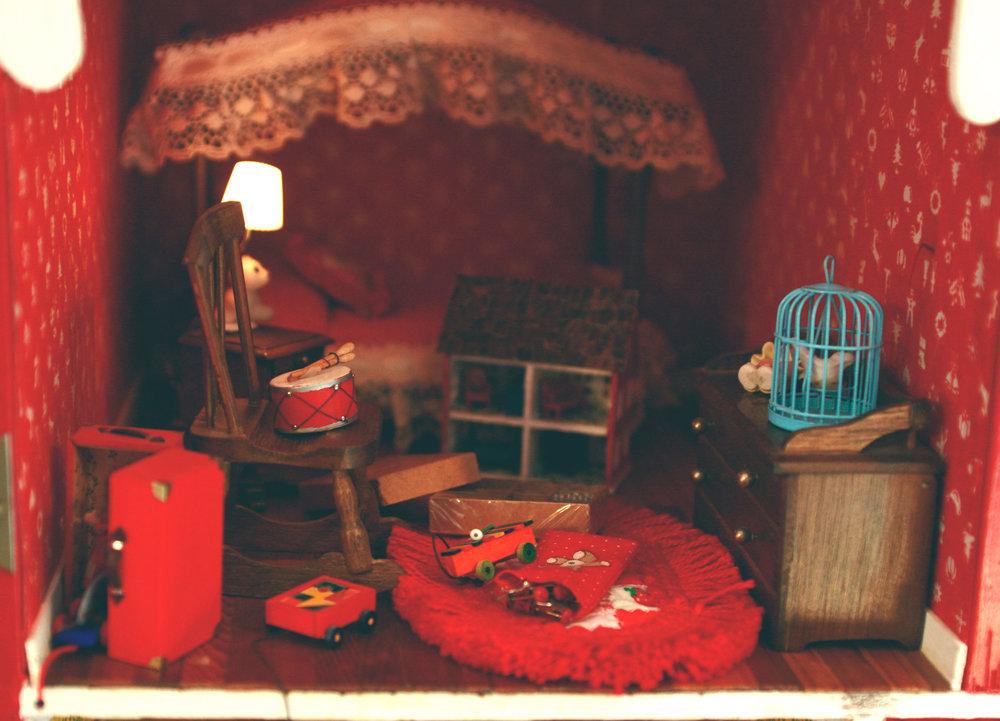 dollhouse2.jpg