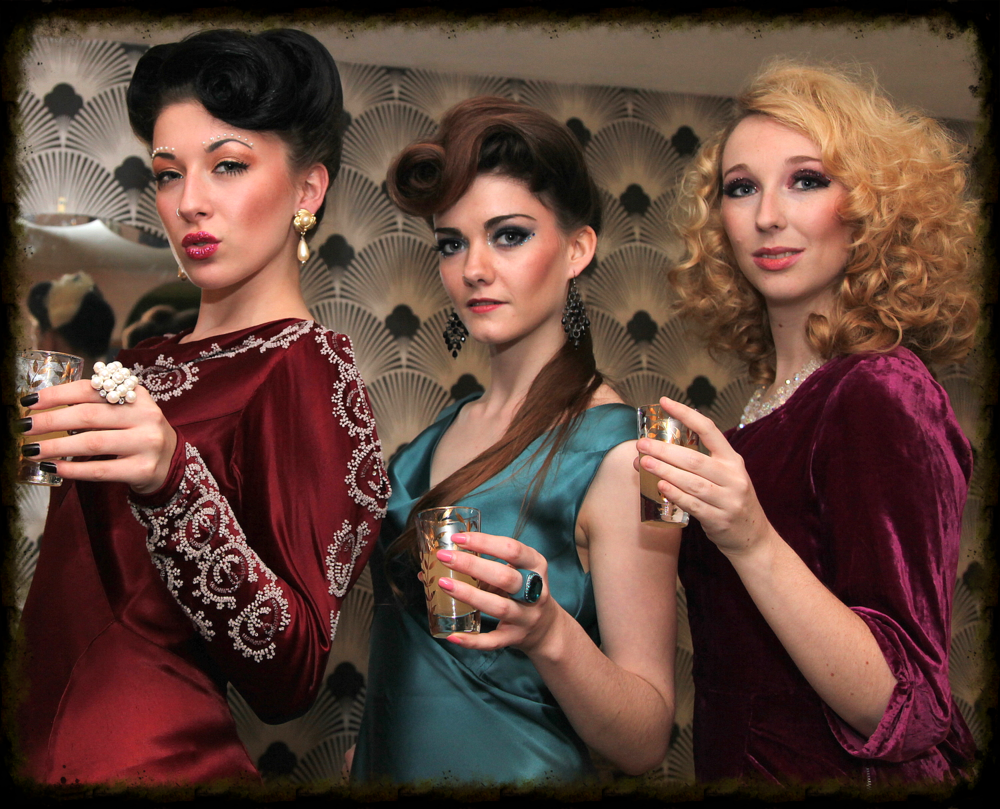 Metrodeco Tea Salon - Vintage Hen Party Photo Shoot by Velvet Storm Photography & Queen G MUA & Fine to Fabulous