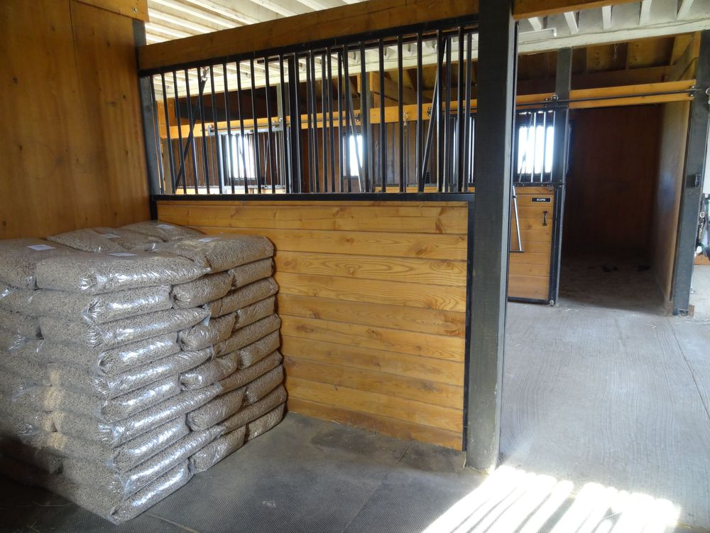 Ontario Wood Pellet Horse Bedding Delivery