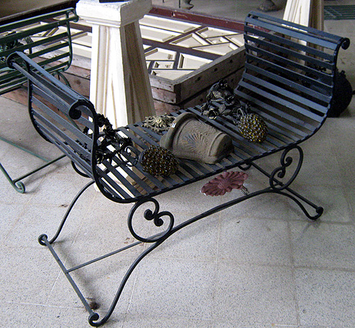 Iron bench egypt.jpg