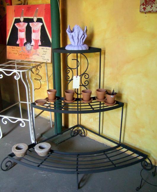 Kew Gardens iron stand.JPG