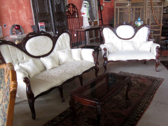 Chippendale Style 3 piece Sofa set