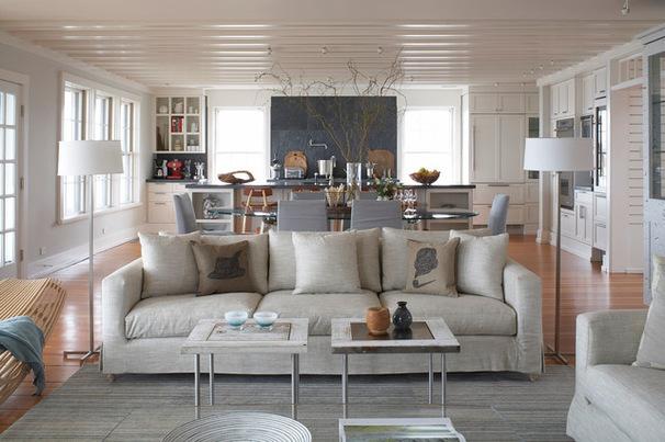 5bd1d9ad00e5fdc8_2316-w606-h403-b0-p0--beach-style-living-room.jpg
