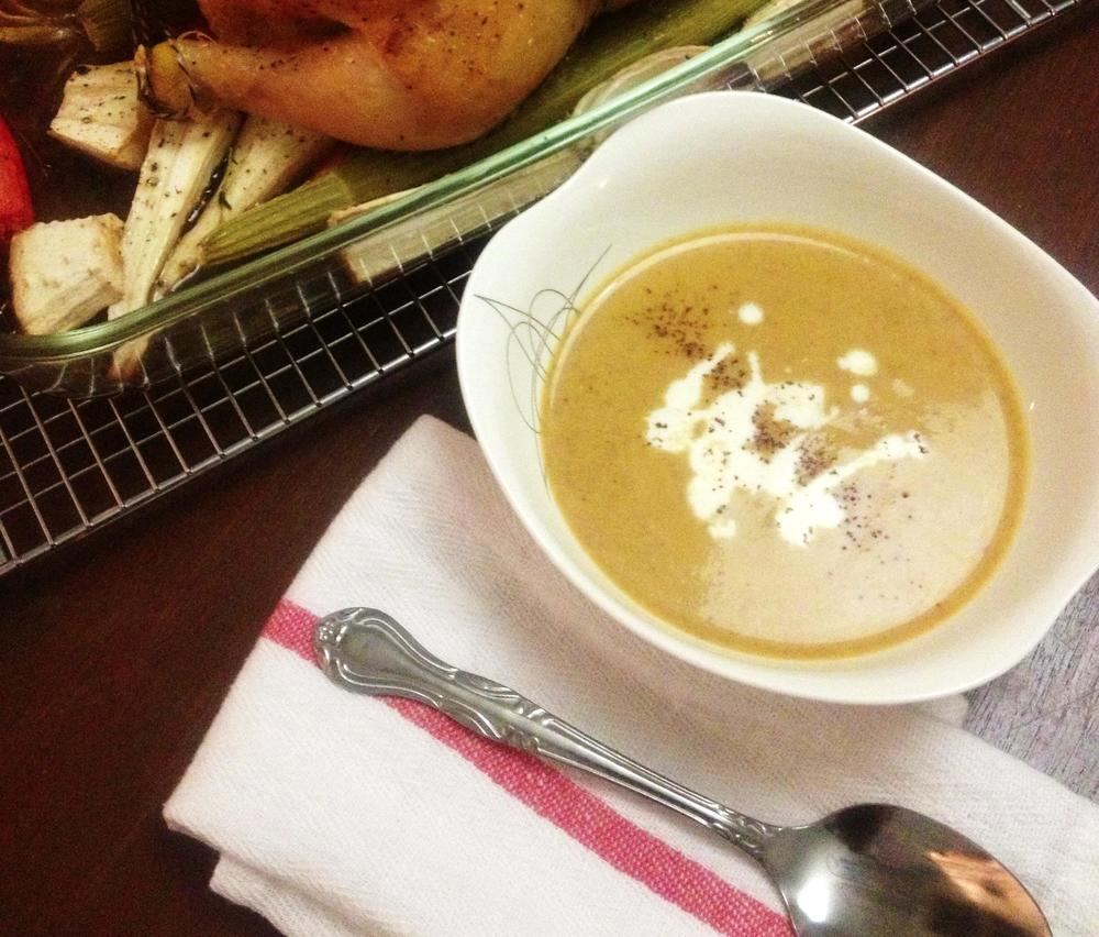 Roasted Acorn Soup w. Chicken
