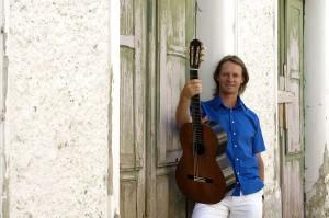 David-Russell-guitar-300x199.jpg